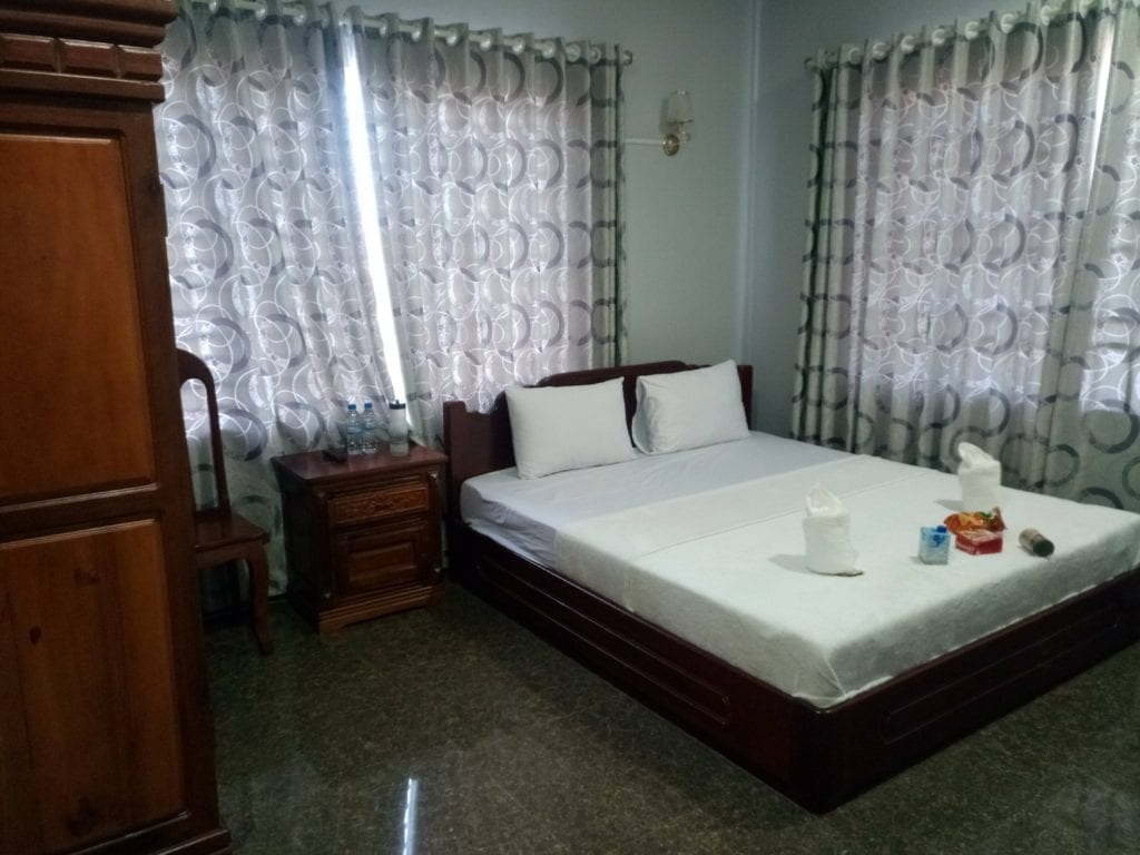 Comfortable guesthouse room in Stung Treng for $7 USD
