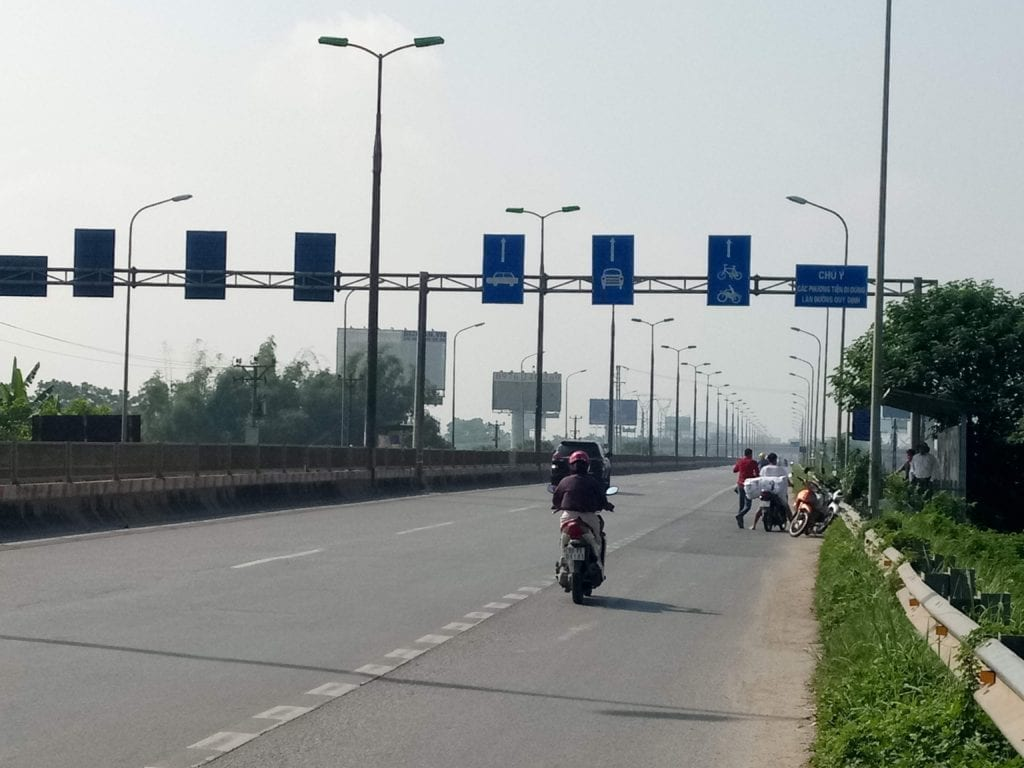 Smooth highway into Hanoi
