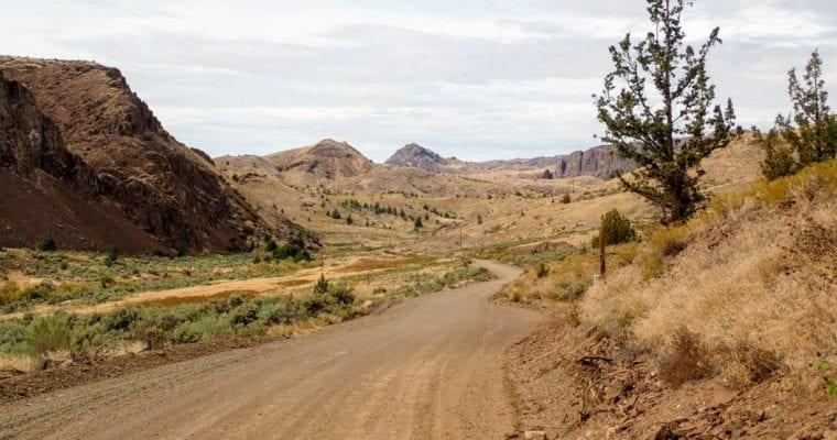 Dirt road bikepacking in Oregon