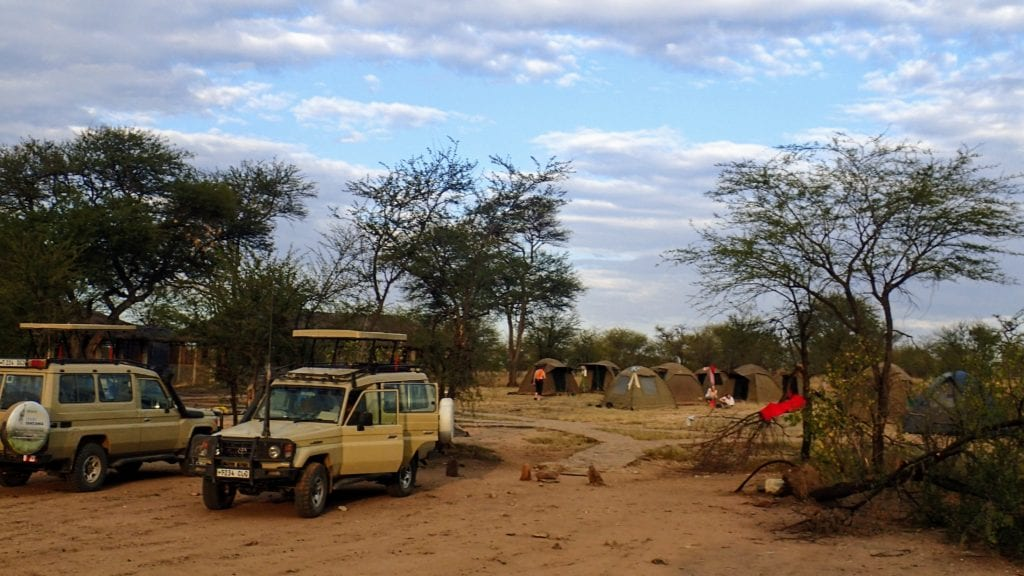 Tent camping safari site in Serengeti