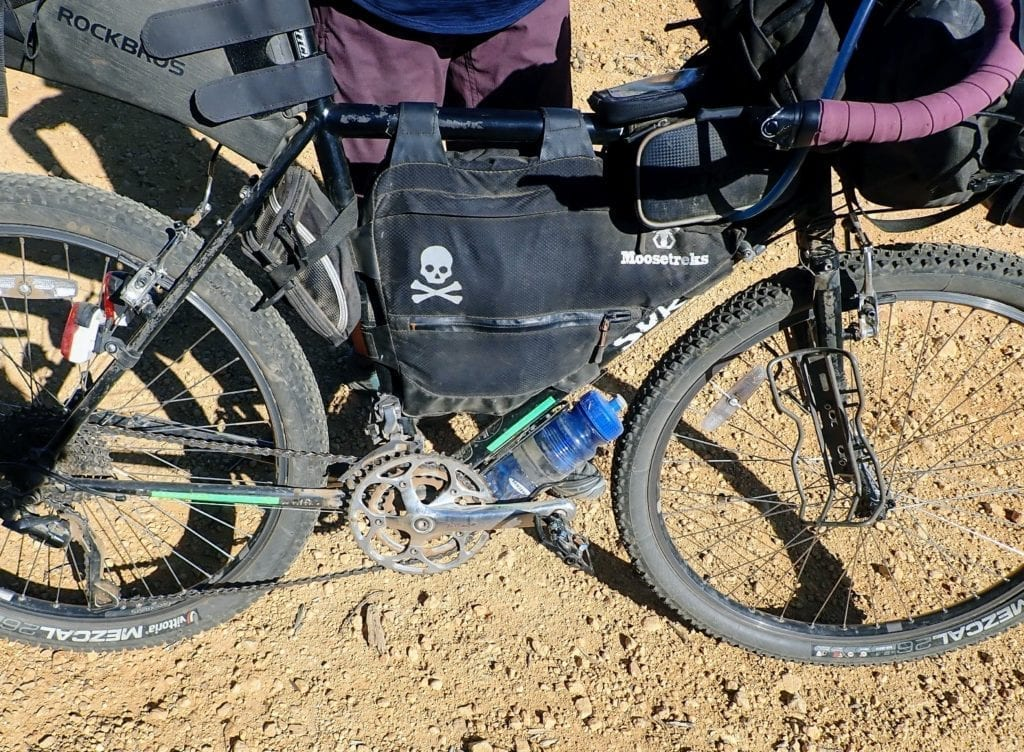 9 Ways To Carry Water While Bikepacking Exploring Wild